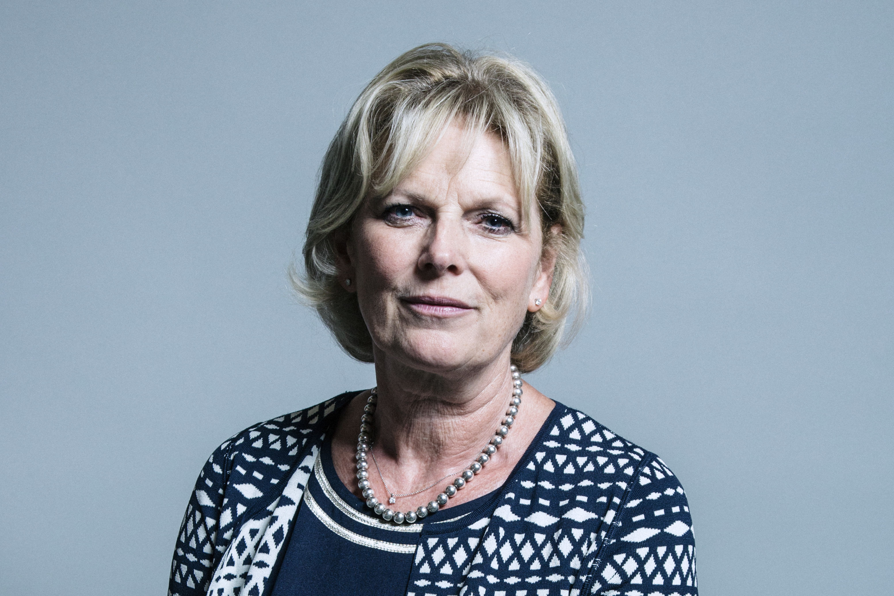 Official_portrait_of_Anna_Soubry_crop_1